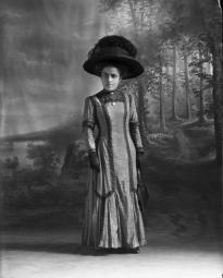 CH085/001/002/0076 Femme inconnue, 1910.
