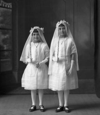 CH085 Jeunes filles inconnues, 1924.