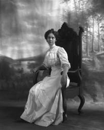 CH085/001/002/1315 Femme inconnue, 1905-1915.