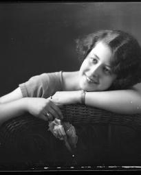 CH085 Mademoiselle Matte, 1926.