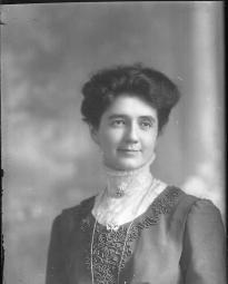 CH085 Laura Saillant, 1912.