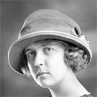 CH085 Mademoiselle Séguin, vers 1919-1920.